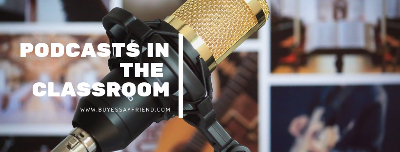 "A microphone and an inscription :""Podcast in the room""."